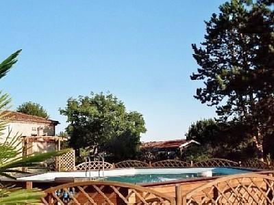 Caumont Holiday Rental Cottage in Gironde, Aquitaine