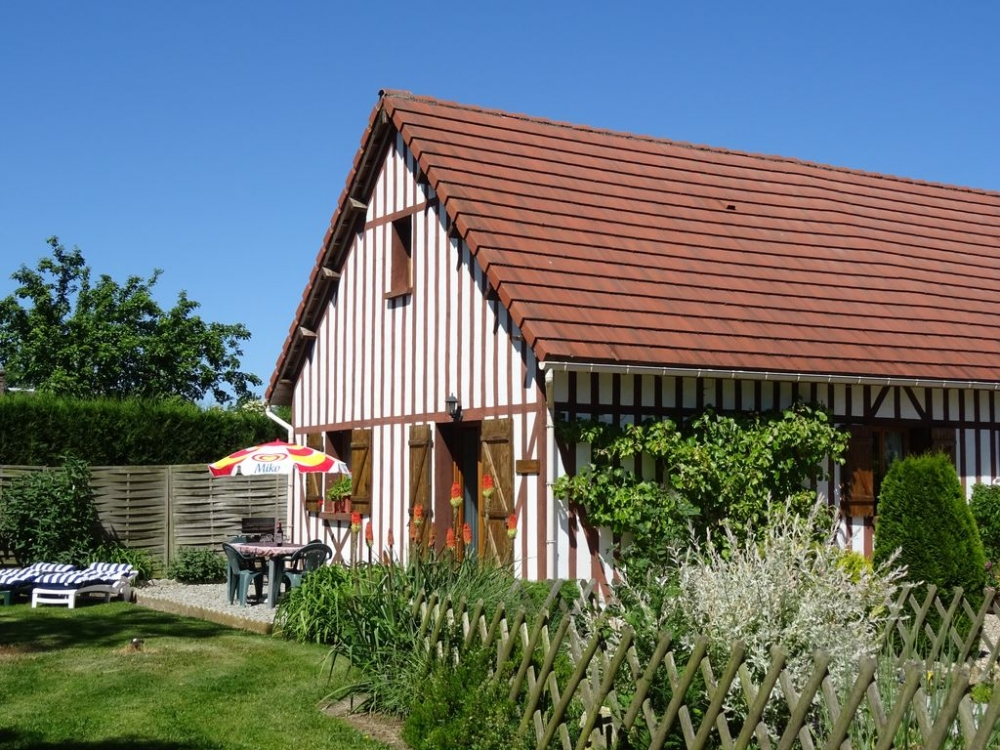 Home-to-Home Child Friendly Holiday Home near Brionne, Normandy, France  -   LE BATISON