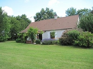 Cuzion Holiday Rental House in Indre, Loire Valley / Two bedroom House