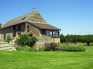 Self Catering Burgundy Cottage rental in Viry, near Charolles, France