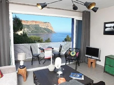 Self-catering Cassis Holiday Rental Apartment in Cote d`Azur, France