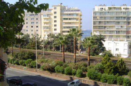 Stunning Cannes Apartment Rental, behind the Martinez Hotel, Cote D`Azur