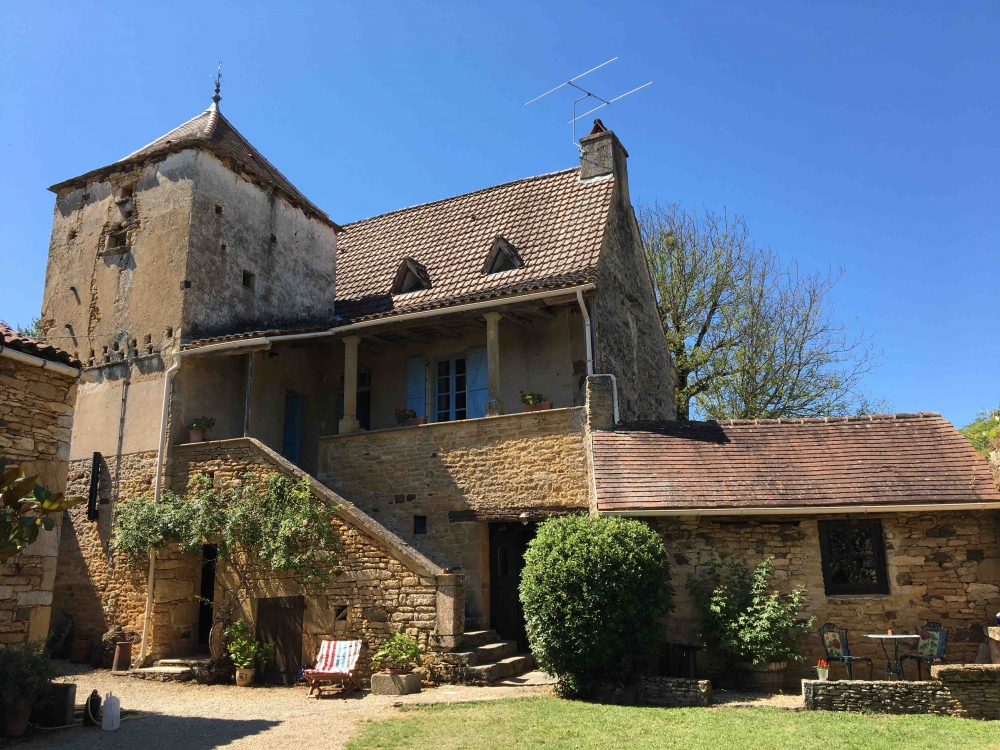 Le Petit Manoir de Malbernat - All Four delightful Lot Holiday Homes in Frayssinet-le-Gelat, Midi-Pyrenees, France -  Sleep up to 26