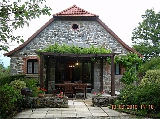 Junhac Holiday Gites with Pool in Cantal, Auvergne, France 10 Percent Discount May June July