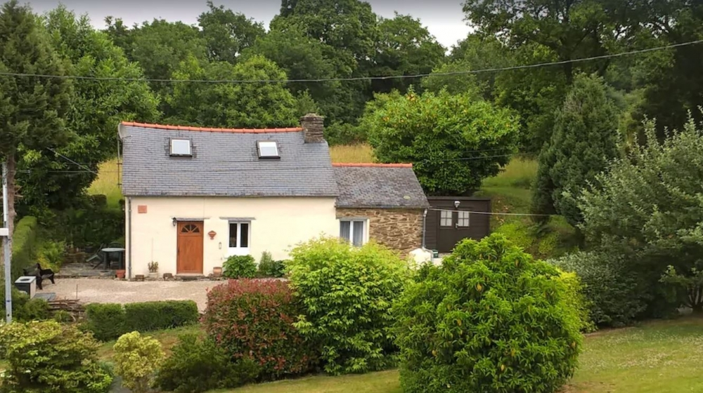 Holiday Rental Cottage in Carhaix-Plouguer, Brittany, France