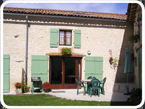 Charente-Maritime Holiday Gite Rental with Pool in St Pierre D`Amilly, France ~ SUNFLOWERS