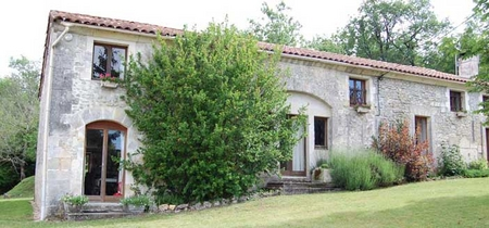 Holiday Rental Gite Near Angouleme, Villebois Lavalette - La Beuronne Sleeps 12