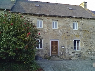 Traditional Brittany Farmhouse rental near Broons in Cotes d`Armor, Brittany, France