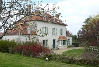 Sanxay Holiday Rental Gite with Pool in Vienne, Poitou-Charentes, France