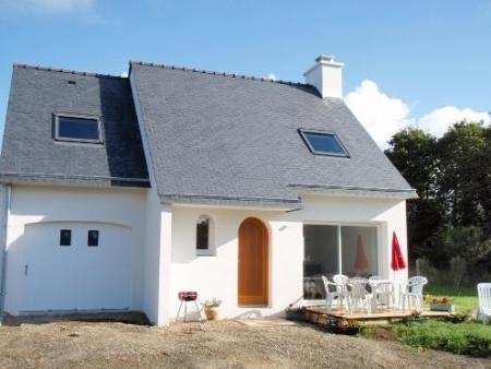 Finistere Holiday Cottage Rental in Fouesnant, Brittany, France / 600 METRES TO BEACH