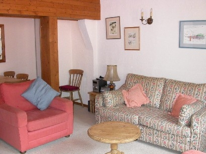 Argentiere Ski Holiday Apartment Rental in Village Centre, French Alps ~ By the Slopes