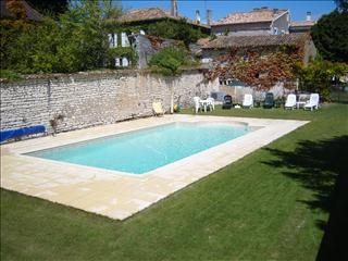 Mortagne sur Gironde Holiday Rental House with Pool in Charente-Maritime, France