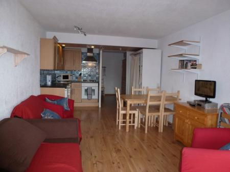 Holiday Apartment to rent in Tignes, Val Claret, France sleeps 4/6