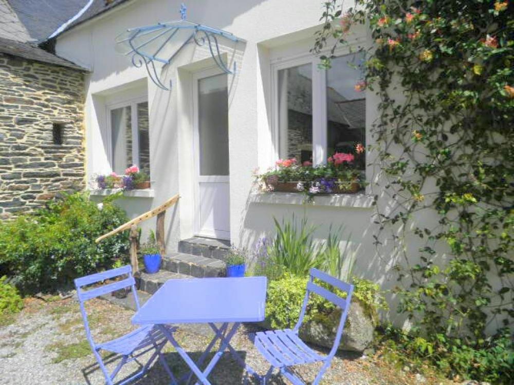 Gouarec Holiday Rental Cottages in Brittany, France ~ Les Rossignols Cottage