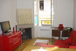 Newly renovated 2 Bed apartment to rent in Central Cannes | France