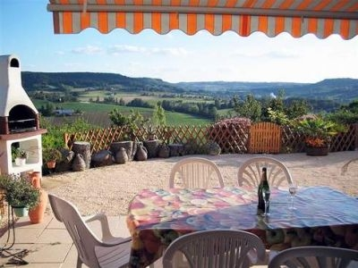 Charming 2 Bedroom apartment in Aquitaine, Villenueve Sur Lot