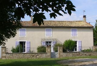 Holiday Home to Rent, Brioux sur Boutonne, Deux Sevres, France