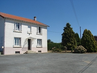 Vendee House rental in La Daviere,Vendee, France ~ Spacious 5 Bedroom House