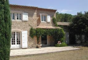 Provencal self catering stone house to Let in Cavaillon | Vaucluse