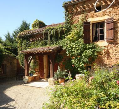 Holiday Home rental in St Front, Aquitaine, Lot et Garonne - 4 bedroom Farmhouse with Pool