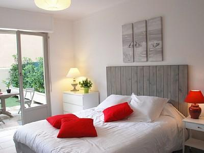 Studio Apartment in Cannes-La-Bocca, France / Self Catering Studio Rental