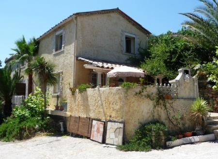 Villa rental in Auribeau-sur-Siagne, France / 3 bedroom Villa with Pool