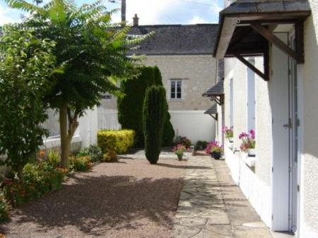 Vernoil-le-Fourier Bed and Breakfast Accommodation in Maine et Loire, France