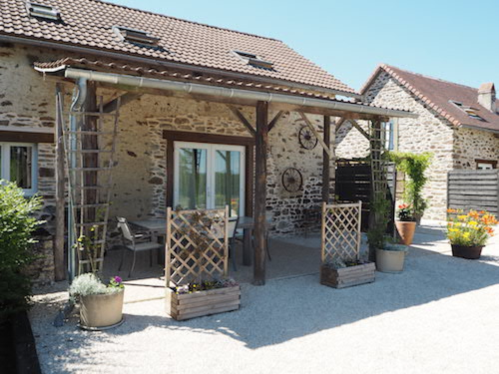Limousin Cottage rental in the Correze, France / La Grande Porcherie Sleeps 5