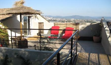Large Studio apartment to rent in Hyeres, Cote-d`Azur, France / WIFI Internet