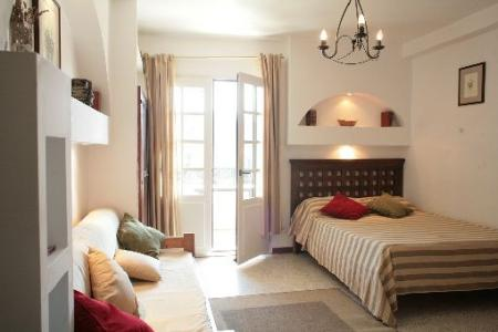 Studio rental accommodation in Hyeres, Provence-Alpes, Cote-d`Azur, France
