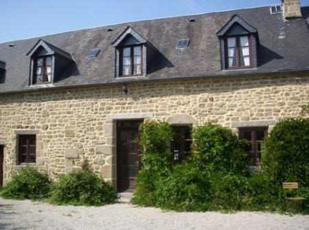 Manche Holiday Cottage rental with Private Pool in Saint-Cyr-du-Bailleul, France / Jays Cottage