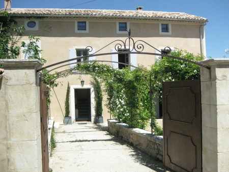 Provence Holiday Rental House in Goult, Luberon, Private garden and Pool