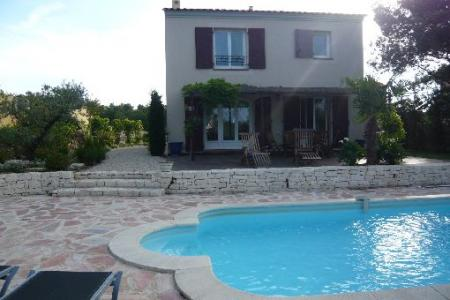 Provence Villa rental with Private Pool in Mallemort, France / Villa Macaris