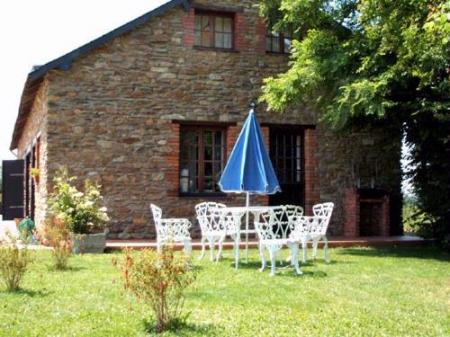 Faye D Anjou Self Catering Cottage rental in Loire Valley, France / Aubance Cottage