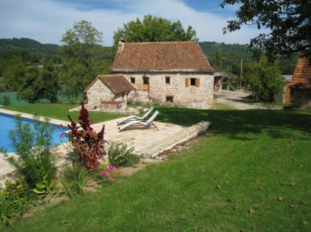 Correze Farmhouse rental in Limousin, France, near Meyssac
