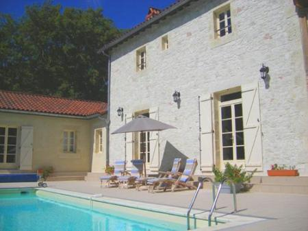 Tour-de-Faure Holiday Rental Home with Private Pool, Lot, France