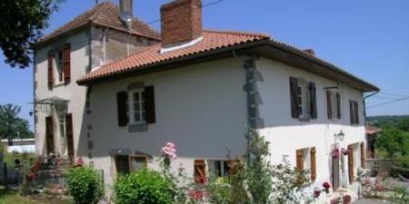 La Vieille Ferme Villa , Fantastic B&B in Beneteix , near Saulgond , Charente