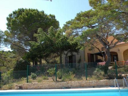 Provence holiday cottage rental with Pool in Drome, France / L`Oree des Chenes Vert