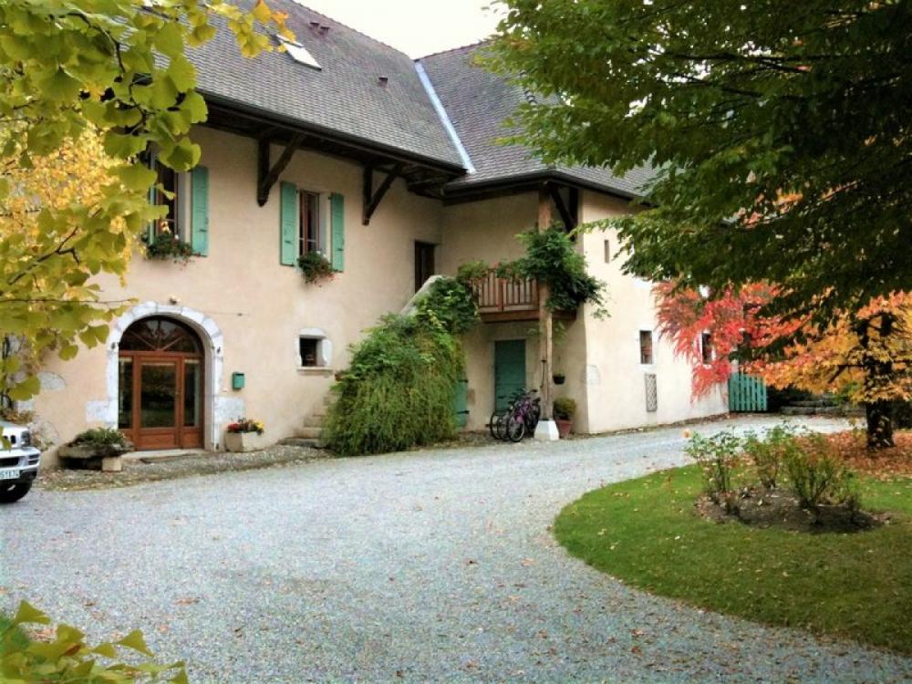 Lakeside apartment rental Near Lake Annecy, Sevrier / Les Clos Des Charponnets