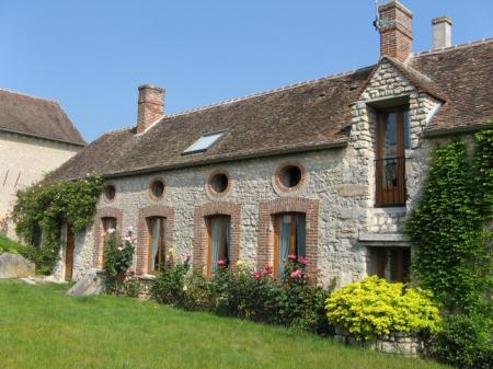Seine-et-Marne 2 bedroom holiday cottage in Ile-de-France, Close to Paris