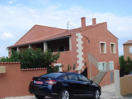 Villa rental in Uzes, Languedoc, France / 4 bedroom/sleeps 8/ Gard Villa
