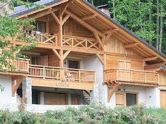 Samoens Holiday Apartment rental, French Alps, Haute-Savoie / 5 Mins to Ski Lifts