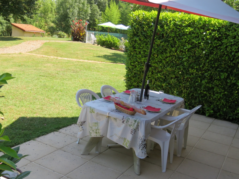 2 bedroom Justian Holiday gite with Pool, Midi-Pyrenees, Gers, France - D`Artagnan Gite