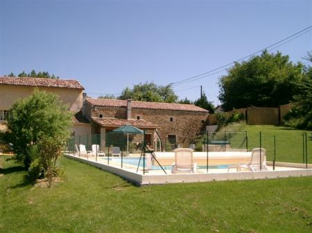 Two independent apartments with pool to rent in Languedoc - Domaine de Bourdil