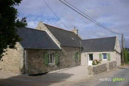 Brittany Holiday Houses  Near Roscoff, Finistere, Brittany, France / Le Reder Mor
