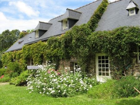 Charming Brittany Holiday Cottage Near The Sea, Argol, France