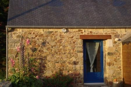 3 Star Holiday Cottage In Lezardrieux, Near Paimpol, Cotes d`Armor, Brittany, France