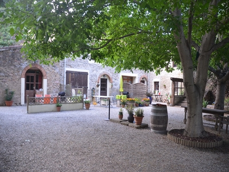 Holiday Rental Gites in Aude, Caunes-Minervois, Languedoc / Le Pont