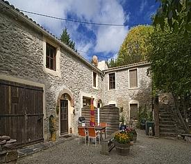 Holiday Gites with Pool to rent, Caunes-Minervois, Aude, Languedoc / Le Moulin