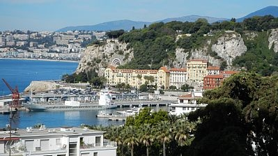 Holiday studio to rent in Port of Nice, France